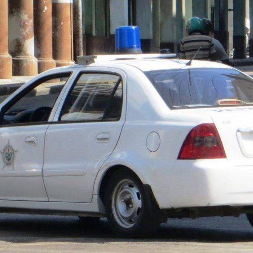 Cuba_police_car_05